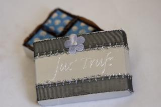 buy WEDDING FAVOR BOX OF SIX