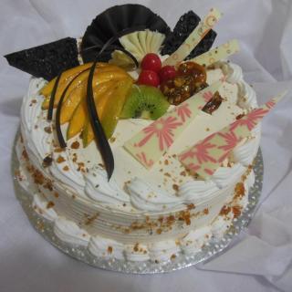 buy Walnut Butterscotch Cake  (Eggless)