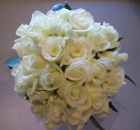 buy 30 White Rose Bouquet