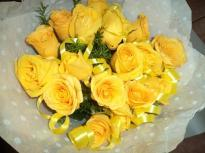 buy 24 Yellow Rose Bouquet