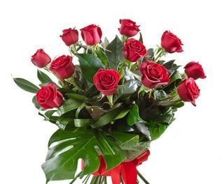 buy 12 Red Roses Bunch