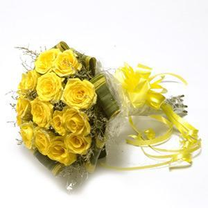 buy 15 Yellow Roses Bunch