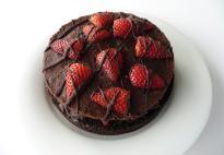 buy Strawberry  Chocolate Cake