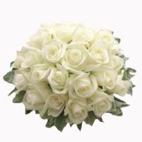 Glorious charm  A bunch of White Roses