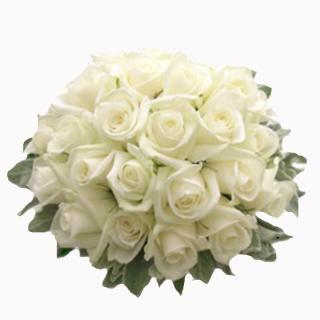buy Glorious charm  A bunch of White Roses