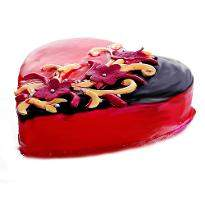 Love Confessing Choco Strawberry Heart Shape Cake