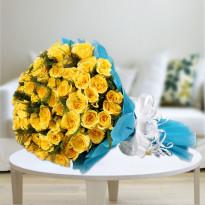 Elegant Yellow Roses Bunch