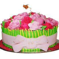 Vanilla Flavor Rose Cake