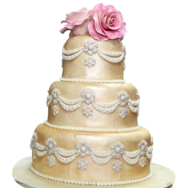 Three Tear Wedding Cakes.Golden 3 Tier Wedding Cake