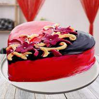 Love Confessing Choco Strawberry Heart Shape Cake