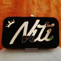 Customized Clutch
