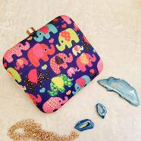Little Elephant Pattern Clutch