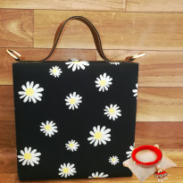 Gorgeous Floral Handbag