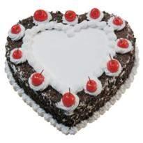 1 Kg Heart Shape Black Forest Cake