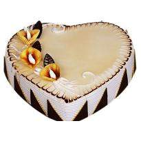 Fresh Heartshape Cake