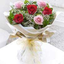 6 Mixed Roses Bouquet