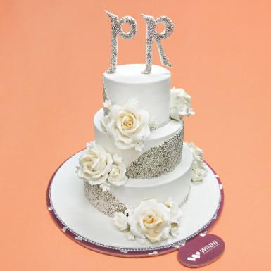 Buy Wedding Cake For Craziest Couple