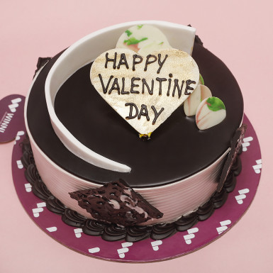 Buy Chocolate Cream Valentine Cake